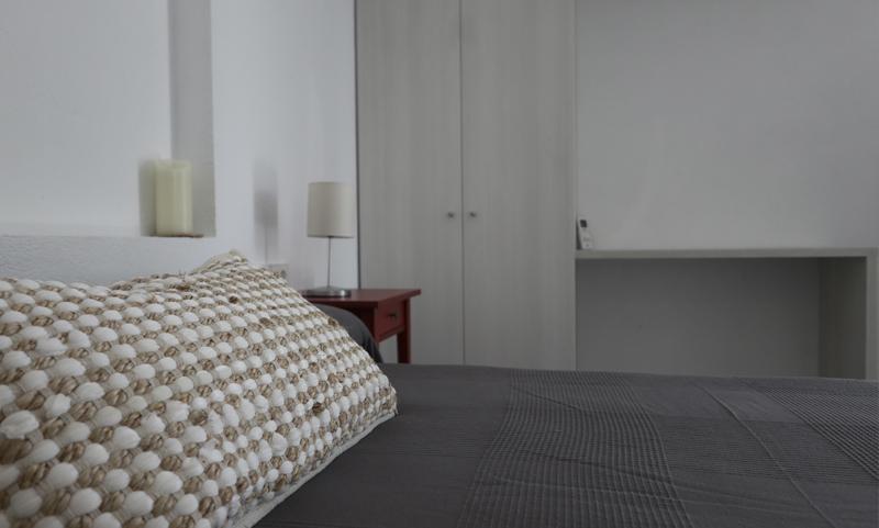 Habitació moderna a Cadaqués